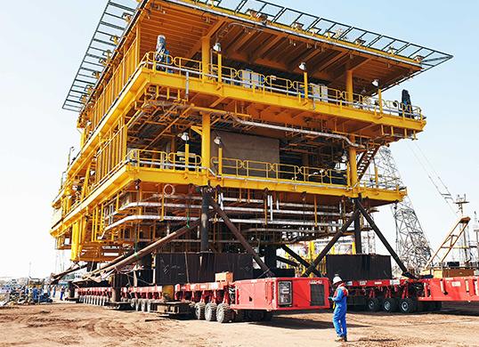像乐高一样以模块化方式,顺利完成重达数千吨的超重型成套设备的组装和运输